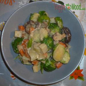 Curry vert de choux de Bruxelles et shiitakés