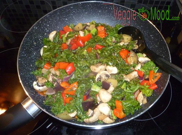 Recette wok chou kalé et champignons au sésame