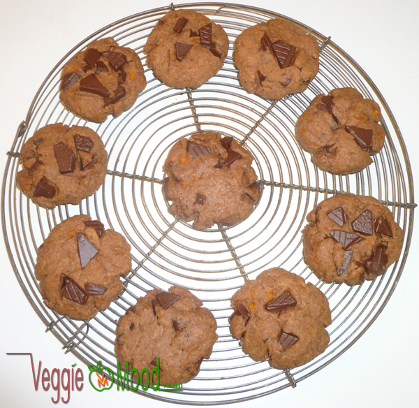 Cookies chocolat/oranges (vegan) sortant du four
