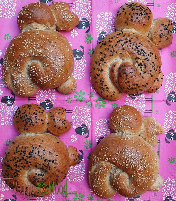 Petits pains au lait vegan (lapins de Pâques)