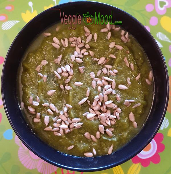 Potage velouté vert au gingembre frais
