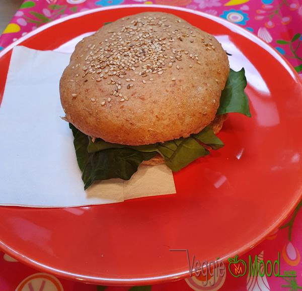 Recette sandwich tiède au tofu mariné, aubergines et épinards