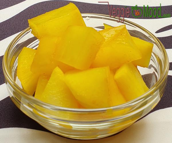 Pickles de daikon au curcuma