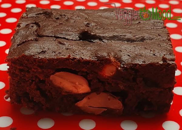 Brownie chocolat, bière et cacahuètes