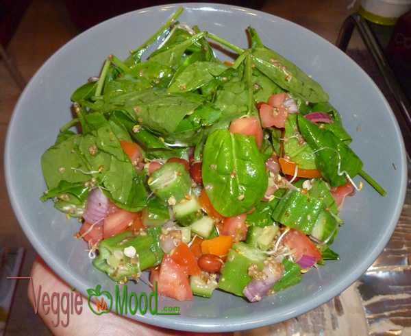 Recette salade de gombos et épinard frais