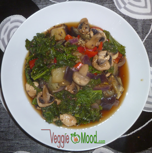 Wok champignons-chou kalé au sésame