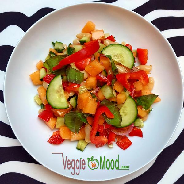 Salade de haricots coco et melon au basilic