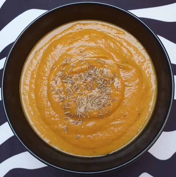 Velouté froid de carottes au cumin et citron