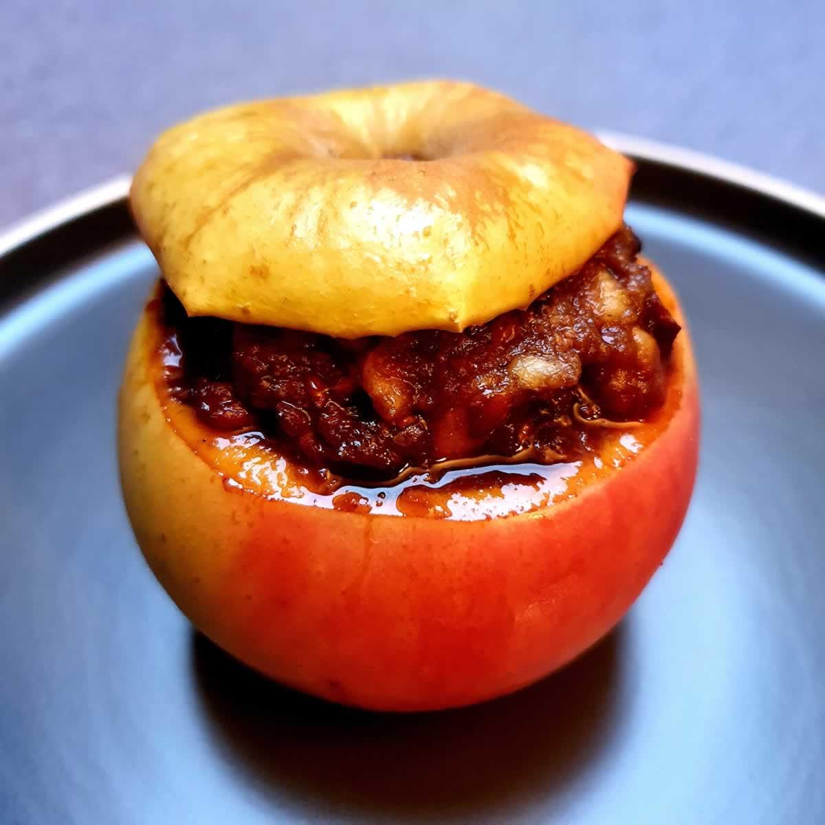 Pommes farcies aux protéines de soja marinées