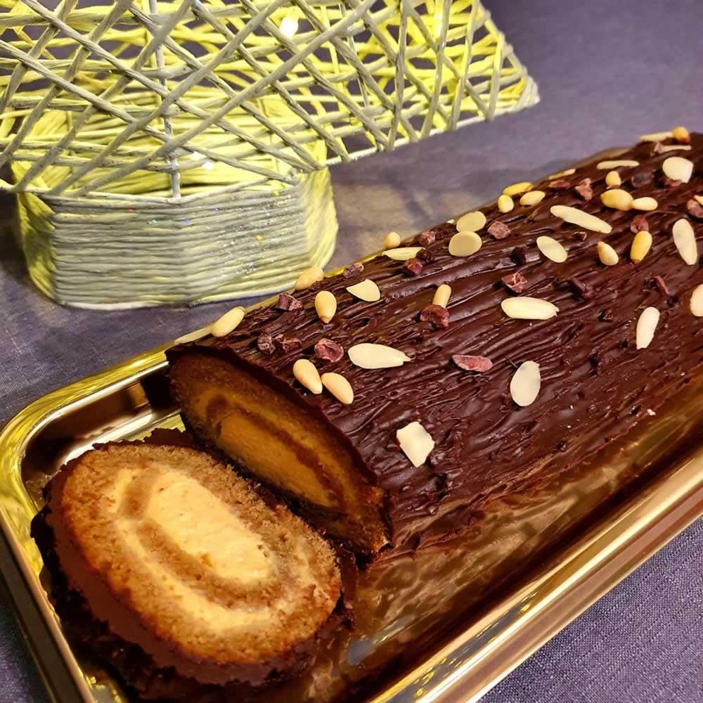 Bûche de Noël matcha, butternut et chocolat