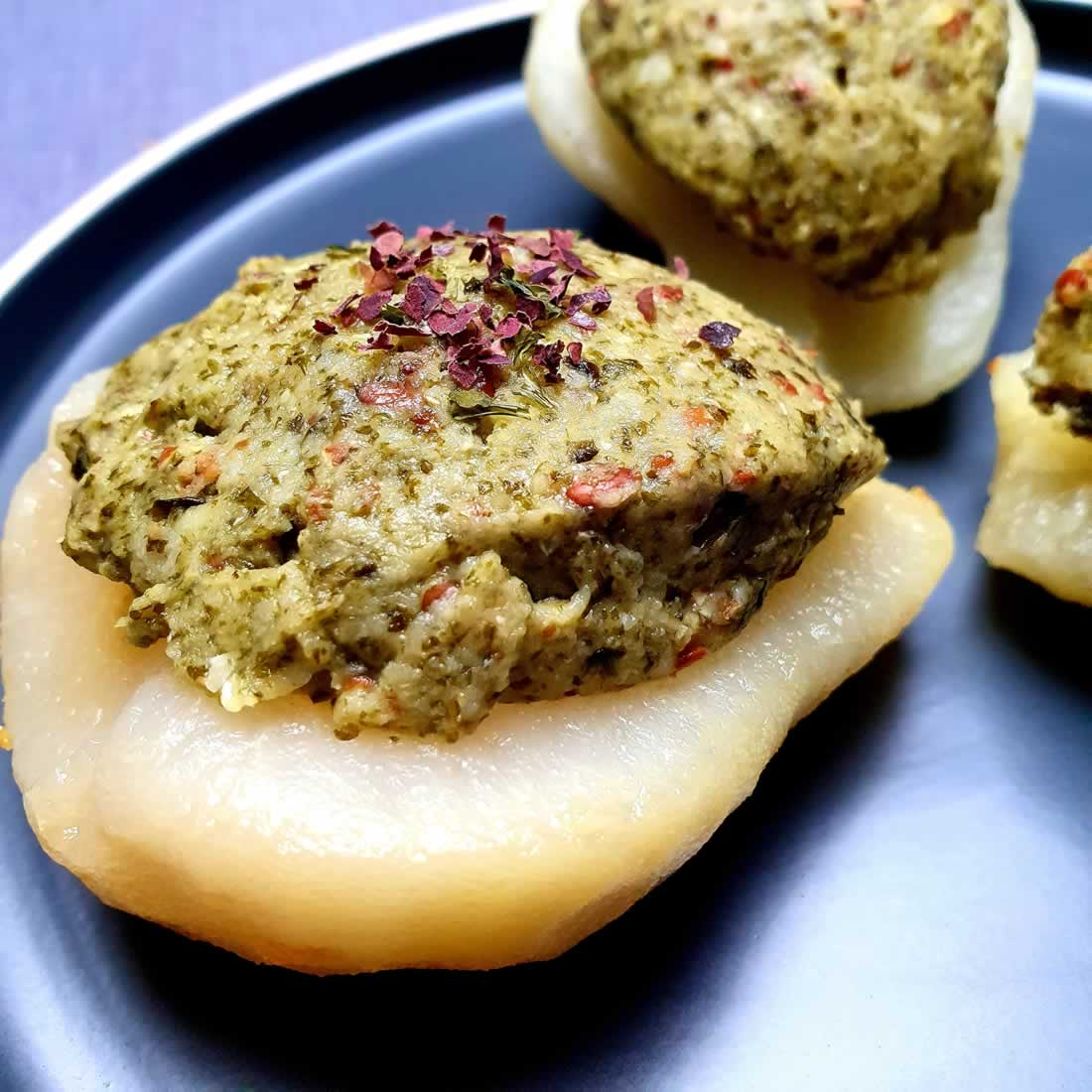 Poires farcies aux saveurs de la mer (wakamé et lentilles corail)